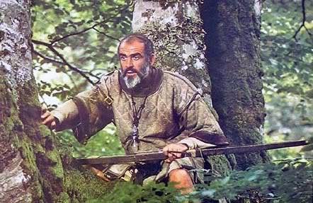 Robin Hood as an older returned Crusader